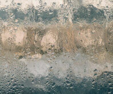 vlhkost na oknech